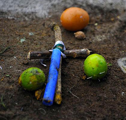عکس هایی ترسناک از مراسم جنگیری !! (18+)