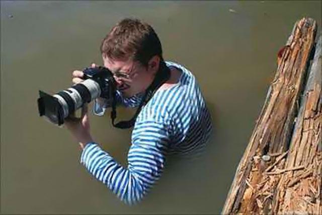 عکاسی هم عجب کار سخت و حساسیه !! (تصویری)