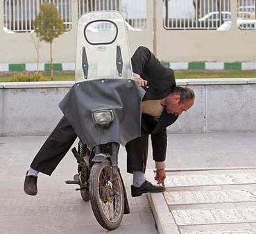 عکس های بسیار خنده دار از انسان های تنبل