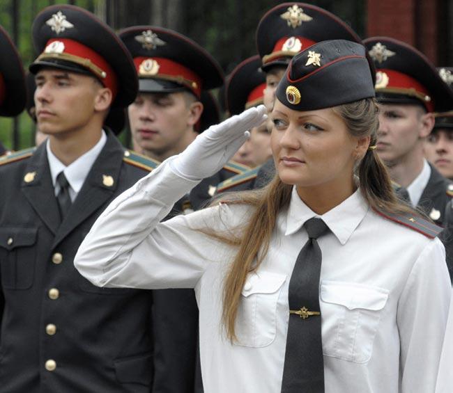 عکسهایی از تفاوت زنان نظامی در کشورهای مختلف