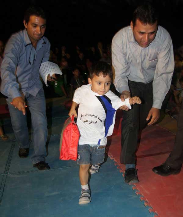 عکس هایی بسیار دیدنی از قویترین کودکان ایران
