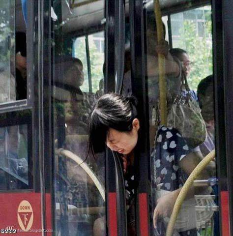 عاقبت زیاد حرف زدن خانم ها با تلفن همراه (تصویری)
