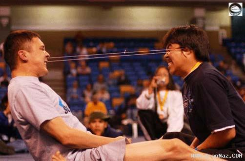 تصاویری جالب از احمقانه ترین مسابقات بین زن و مرد!