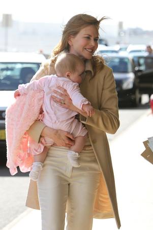 عکس هایی دیدنی از نیکول کیدمن و فرزند جدیدش !!