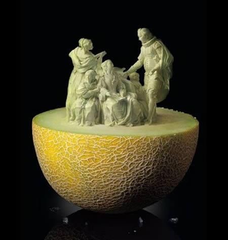 عکس هایی فوق العاده زیبا از هنرنمایی با میوه ها