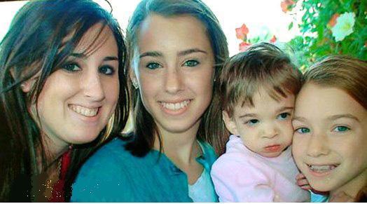 دختر 16سالهای که نوزاد باقی مانده