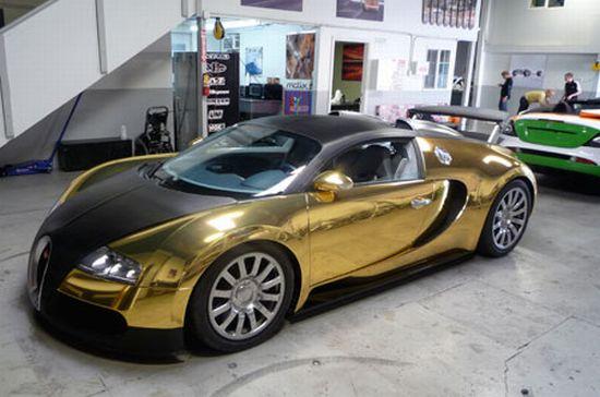 عکسهایی از اتومبیل بوگاتی طلا کاری شده
