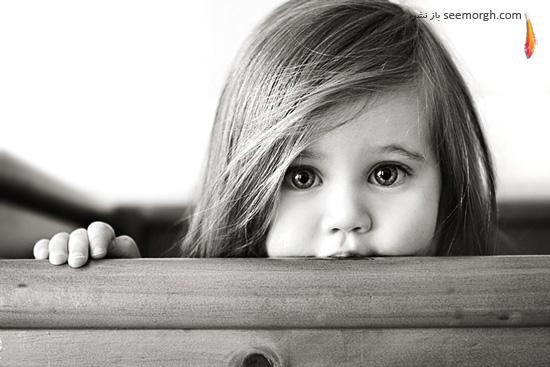عکس سیاه و سفید از چهره دختر