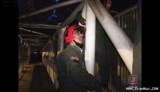 گزارش تصویری از قصد خودکشی جوانی با پریدن از پل