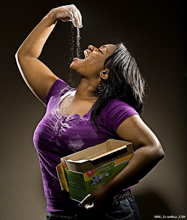دختر معتاد به خوردن صابون و پودر لباسشویی +عکس