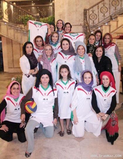 ستارگان سرشناس زن سینمای ایران در زمین والیبال