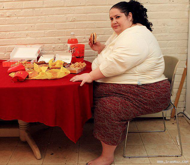 تلاش سنگین ترین زن جهان برای رکورد شکنی+عکس