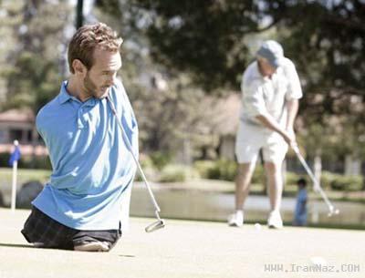 عکس هایی دردناک از زندگی مردی بدون دست و پا!!