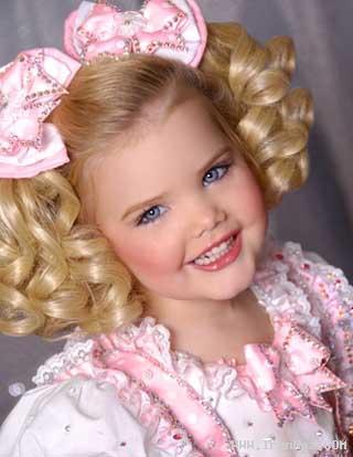عکس هایی از ایدن وود ملکه زیبای کودکان آمریکایی