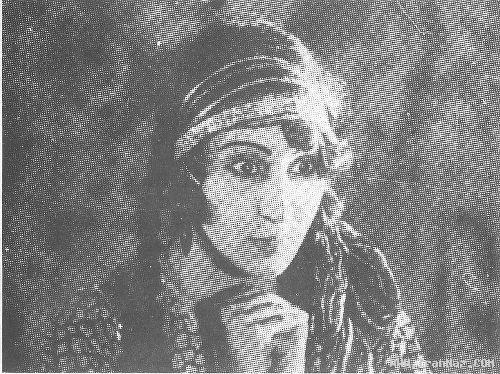 اولین بازیگر زن سینمای ایران و فیلم دختر لر +عکس