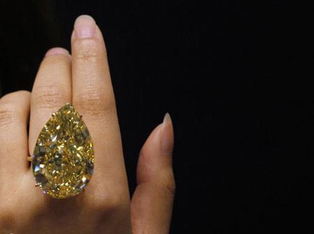 انگشتری که خانمها آرزو میکنند داشته باشند +عکس