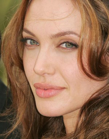 پردرآمد ترین هنرپیشه های زن هالیوود 2011 +عکس