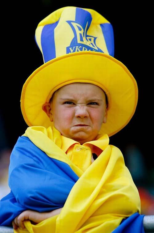عکس هایی خنده دار و دیدنی از چهره هواداران فوتبال