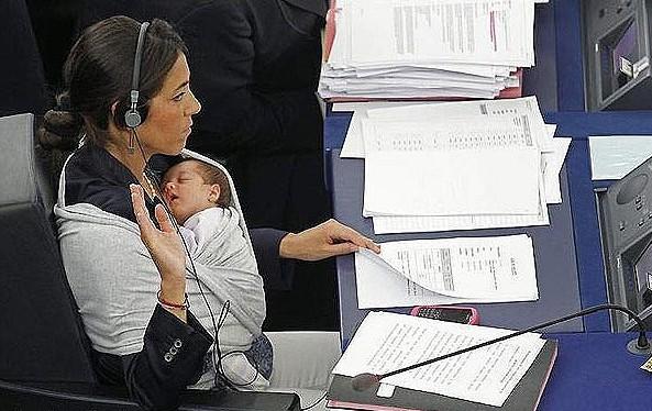 به این میگن یک زن همه چی تمام و بی نقص +عکس ، www.irannaz.com
