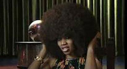 زنی که ركورد دار پر پشت ترین موی جهان شد +عکس