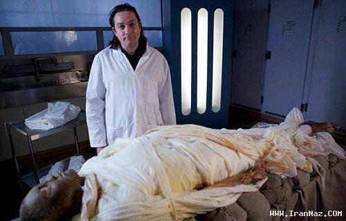 مردی که به روش فراعنه مصری مومیایی شد +عکس