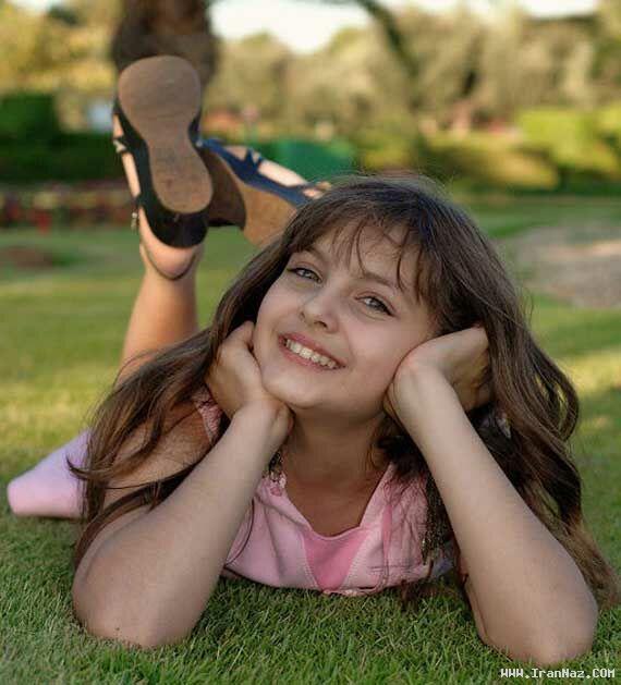 عکس های دیدنی زیبا ترین دختر جهان در کتاب گینس