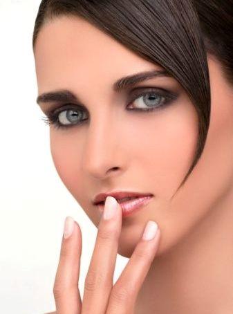آرایش بسیار زیبا و خاص برای چشمان شما (تصویری)