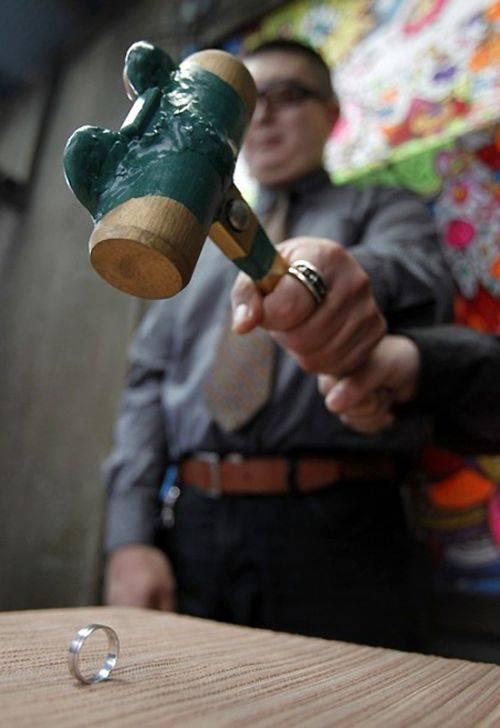 عکس های جالب از مراسم باشکوه طلاق در ژاپن!!