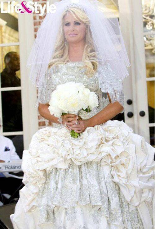 بازیگری که با لباس عروسش تیتر مجلات شد! +عکس