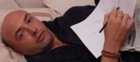 مردی عجیب که در خواب نقاشی می کشد!! +عکس
