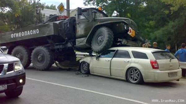 عکس های عجیب و خنده دار ترین تصادف های جهان