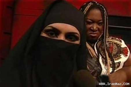 عکس های حضور زنی با حجاب کامل در کشتی کج