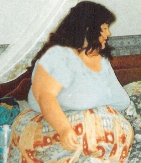 زنی که با اندام خود رکوردی جهانی ثبت کرد! +عکس