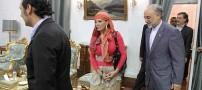 پوشش عجیب زنی مقابل یکی از وزرای ایران +عکس