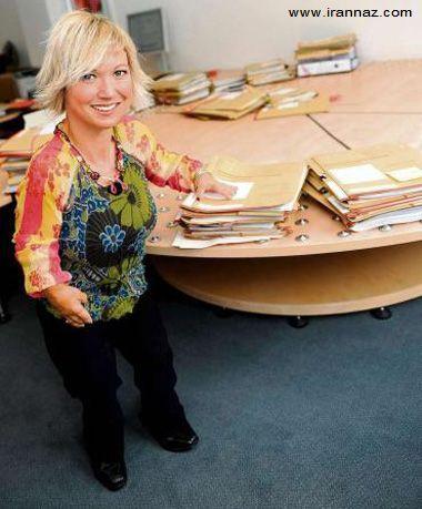 این زن کوتوله یک وکیل بسیار عالی رتبه است +عکس