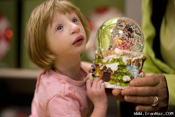 عکس هایی دیدنی از عجیب و کوچک ترین دختر جهان ، www.irannaz.com