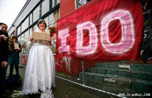 ازدواج باورنکردنی زنی با یک ساختمان قدیمی +عکس