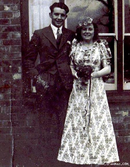 مردی که 70 سال برای همسر خود گل خرید +تصاویر