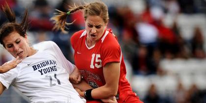 خشن ترین فوتبالیست زن در جهان + عکس