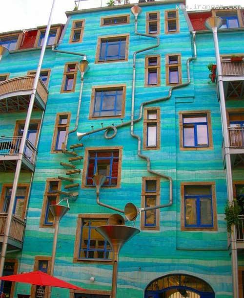 ساختمانی که هنگام بارش باران موسیقی می نوازد!!