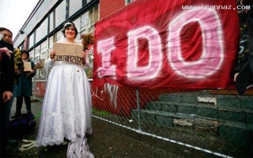 ازدواج باورنکردنی زن آمریکایی با یک ساختمان+تصاویر