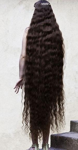 خبرساز شدن موهای 1.5 متری دختر برزیلی! +تصاویر