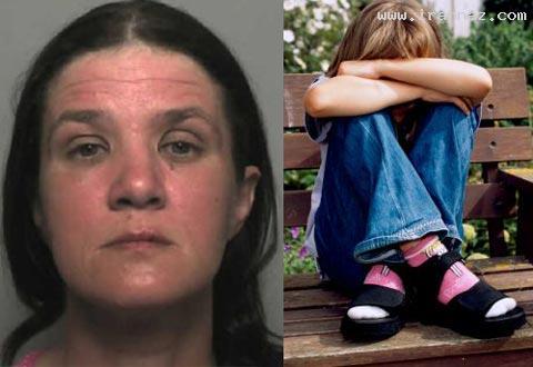 این زن فرزندانش را در فیسبوک برهنه میکرد!! +عکس