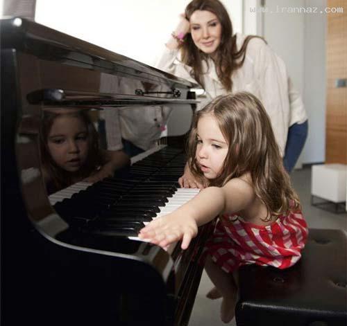 عکسهای جدید و دیدنی از نانسی عجرم و 2 دخترش