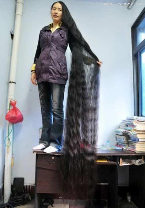 عکسی از زنی که 15 سال موهای خود را کوتاه نکرده!!