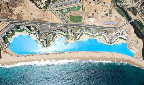 عکس هایی دیدنی از زیبا و بزرگترین استخر شنای دنیا