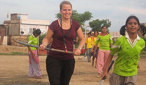 مکانی که به دهکده تفریحی دختران هندوستان تبدیل شده! +عکس