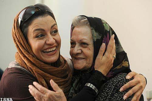 عکسهای عیادت بازیگران از مهری ودادیان!