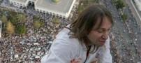 عکسهای از فردی که برج 110 طبقه بالا رفت!
