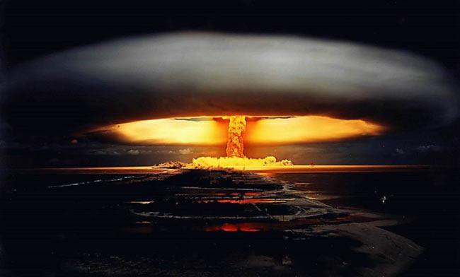 عکس هایی حیرت انگیز از یک انفجار اتمی